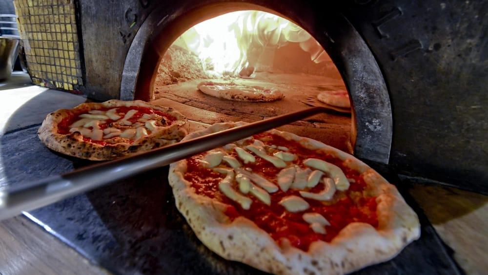 """""""La pizza a colazione meglio di latte e cereali"""", il consiglio della nutrizionista Usa"""